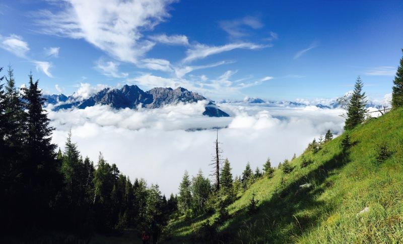 mare di nuvole con Cridola e Montanel