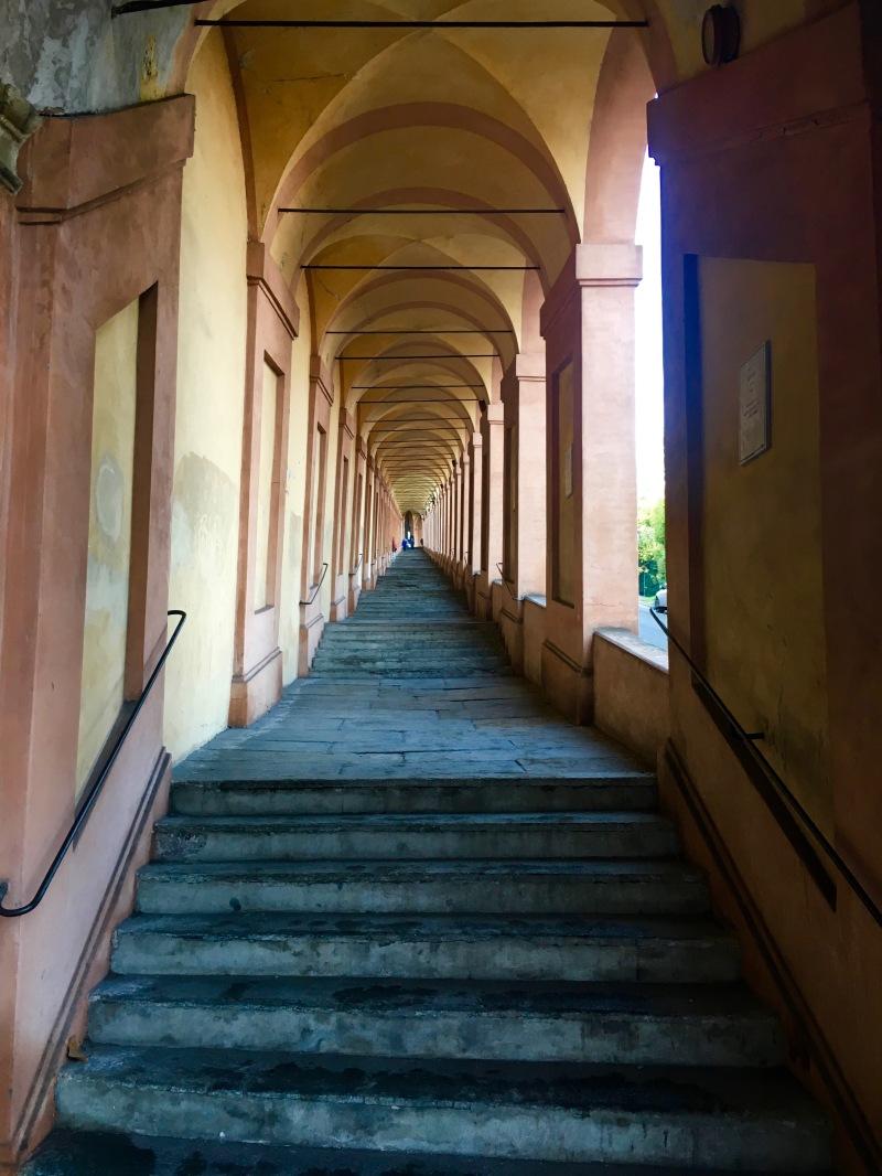 Porticato di San Luca, Bologna